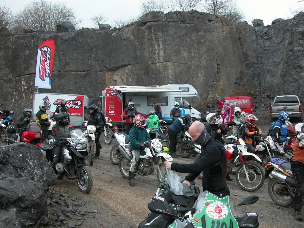Im Einsatz als Trainer und Mechaniker auf dem Hönnetrail im Sauerland