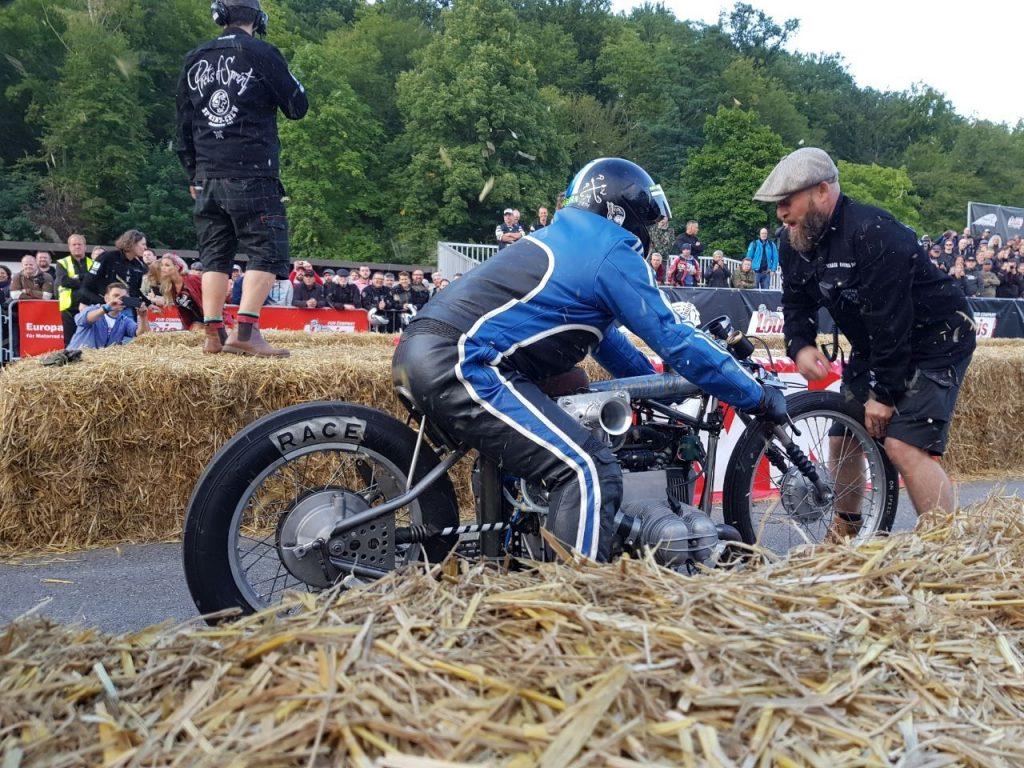 Vorstart beim Glemseck101 mit dem BMW Boxer Kompressor Bike